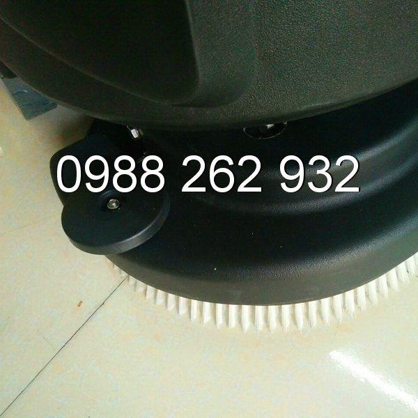 f23d7fb0a71a4944100b