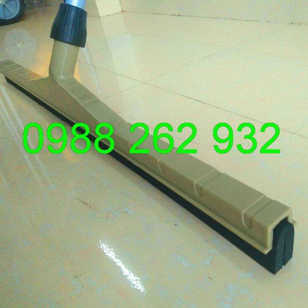 b2698c895b3bb565ec2a